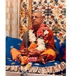Srila Prabhupada in New York, Playing Kartals on Blue Vyasasana