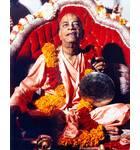 Srila Prabhupada at New Dwaraka, Playing Gong
